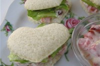 heart-shaped sandwiches with vegetarian salad inside are lovely vegetarian appetizers to enjoy