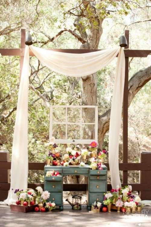25 Beautiful And Practical Ways To Use A Vintage Dresser In Your Wedding