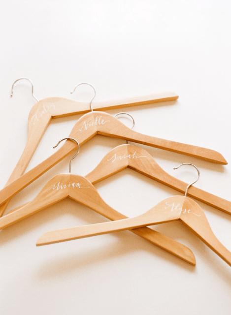 Touching DIY Personalized Bridesmaids Hangers
