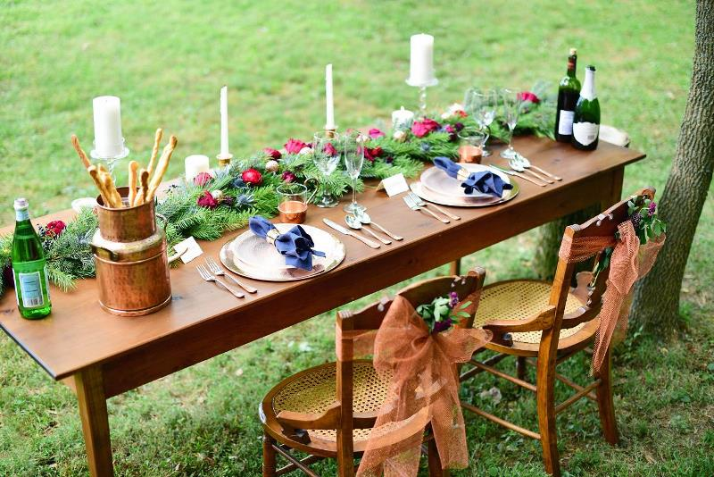 Picture Of charming woodsy christmas themed wedding  1