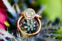 charming-woodsy-christmas-themed-wedding-13