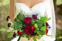 charming-woodsy-christmas-themed-wedding-3