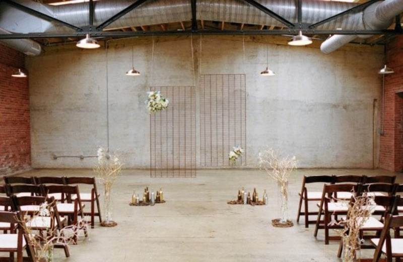 23 Industrial Wedding Ceremony Decor Ideas - Weddingomania