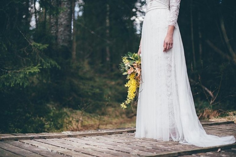 Luxurious Vintage And Scandinavian Bohemian Wedding Shoot