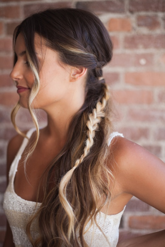 Picture Of relaxed chic diy bohemian braid and makeup for a bride  1