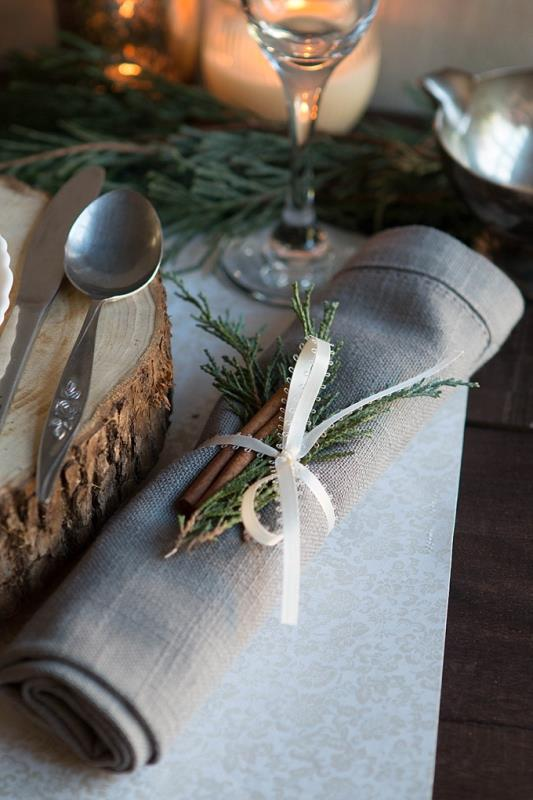 Rustic Glam DIY Pinecone Place Settings For Your Winter Wedding