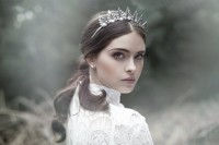 the-evocative-prequel-bridal-headpiece-2016-collection-from-viktoria-novak-5