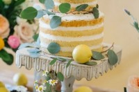22 Juicy Ideas To Incorporate Lemons Into Your Wedding6
