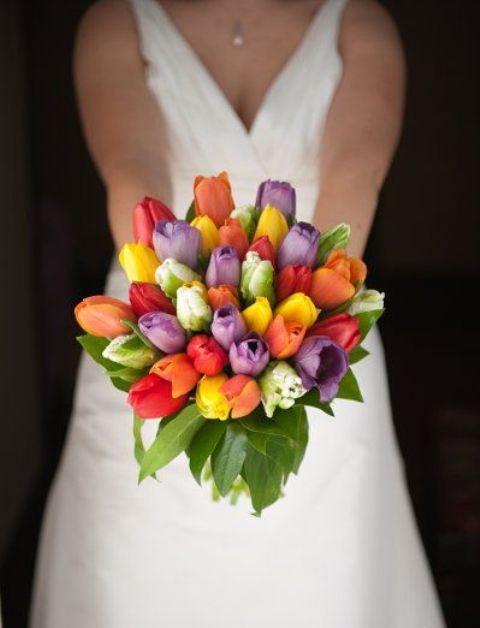 Beautiful Ideas To Incorporate Tulips Into Your Wedding