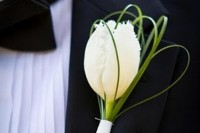 42 Beautiful Ideas To Incorporate Tulips Into Your Wedding 13
