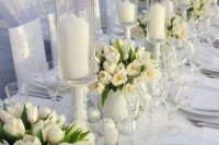 42 Beautiful Ideas To Incorporate Tulips Into Your Wedding 14