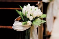 42 Beautiful Ideas To Incorporate Tulips Into Your Wedding 15