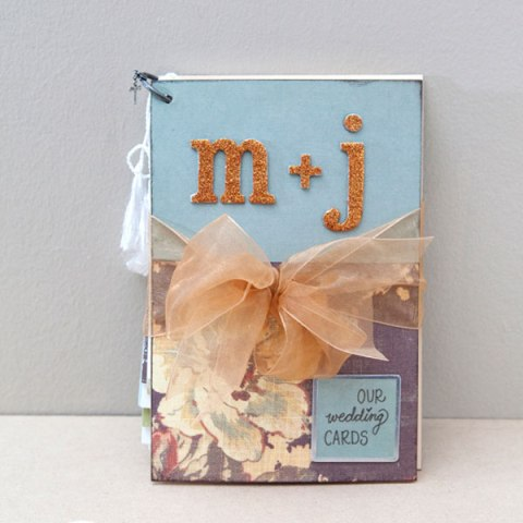 Cute DIY Wedding Card Mini-Album