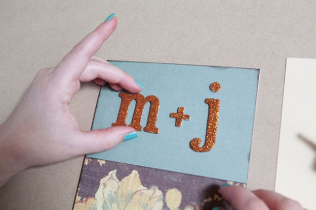 Cute DIY Wedding Card Mini Album