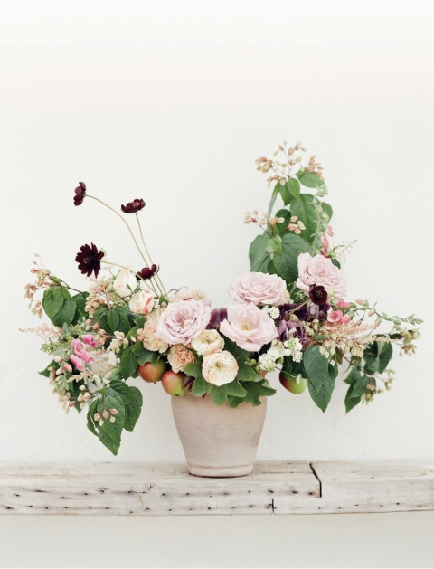 Picture Of DIY Garden Inspired Floral Centerpiece For Your Wedding 11