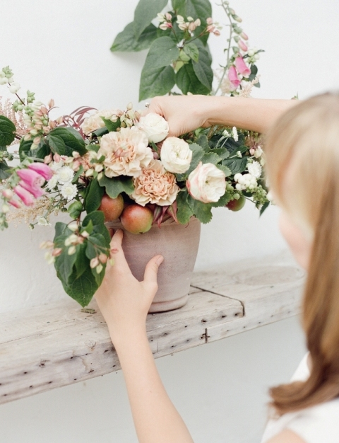DIY Garden Inspired Floral Centerpiece For Your Wedding