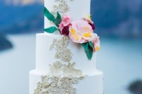 breathtakingly-beautiful-cliffside-bridal-shoot-on-dablo-lake-9
