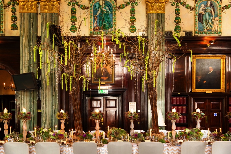 Picture Of luxurious winter opulence wedding styled shoot  18