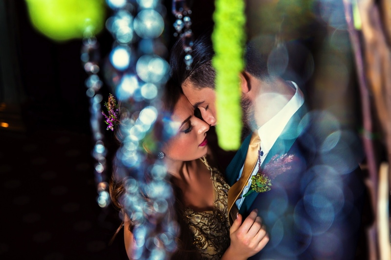 Picture Of luxurious winter opulence wedding styled shoot  22