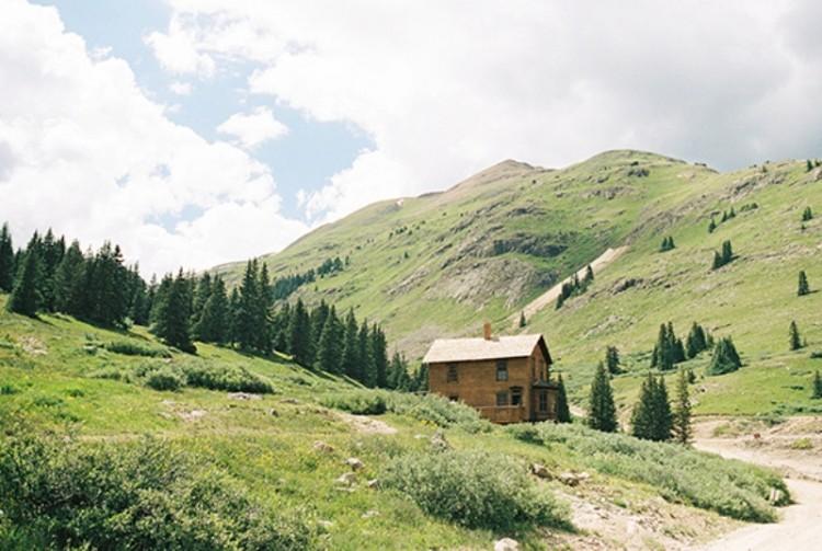 Intimate Artistic Boudoir Shoot In The Colorado Mountains
