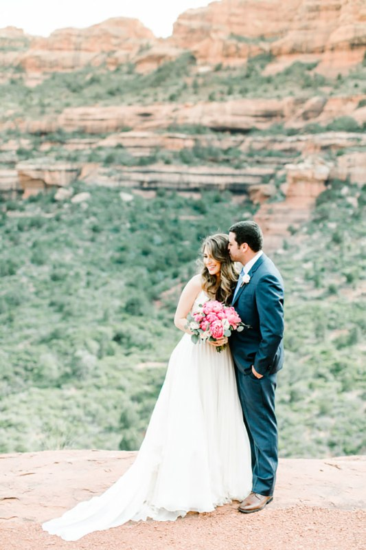 Picture Of romantic travel themed wedding in sedona  12