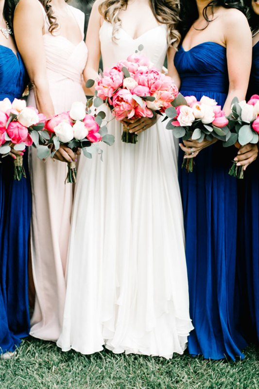 Picture Of romantic travel themed wedding in sedona  14