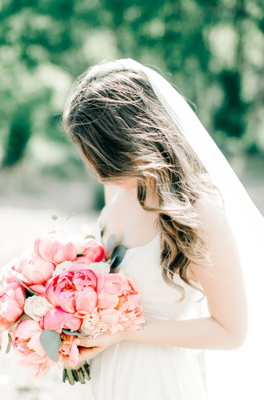 Picture Of romantic travel themed wedding in sedona  15