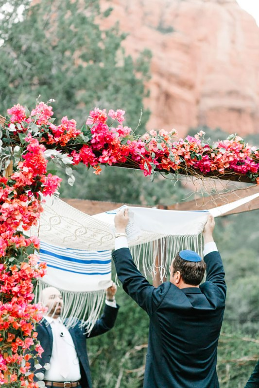 Picture Of romantic travel themed wedding in sedona  20