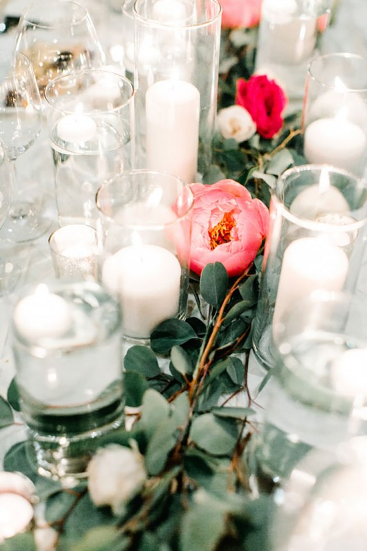 Picture Of romantic travel themed wedding in sedona  30