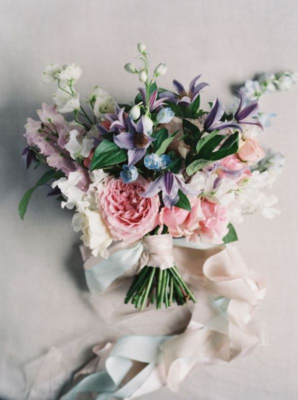 Rose Quartz Wedding Bouquets To Get Inspired