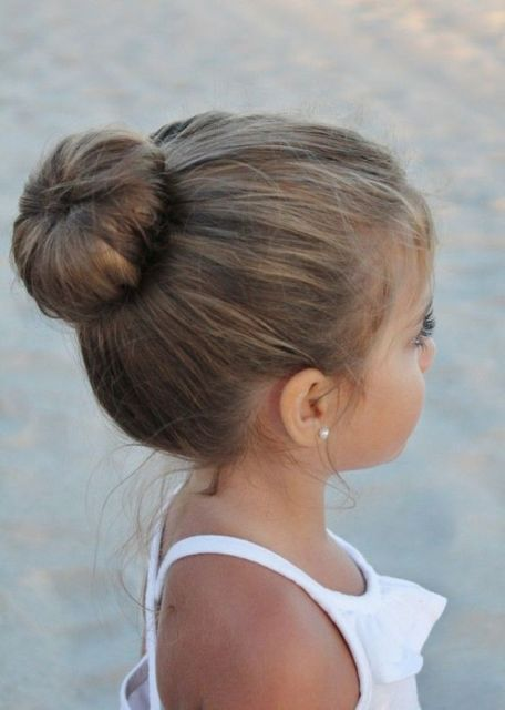 21 Super Cute Flower Girl Hairstyle Ideas To Make ...