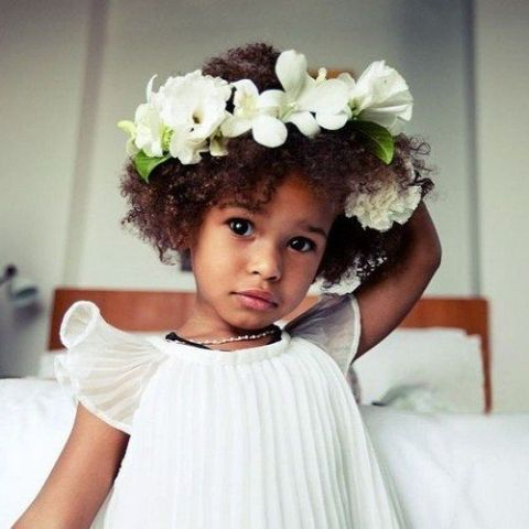 Picture Of Super Cute Flower Girl Hairstyle Ideas To Make 17