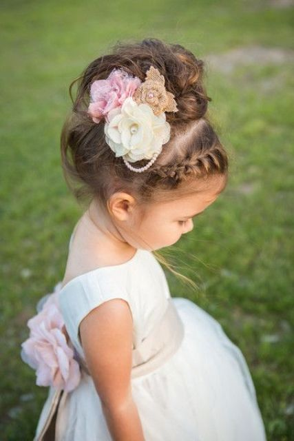 Super Cute Flower Girl Hairstyle Ideas Make