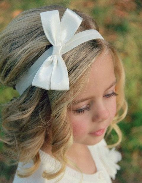 Flower Girl Hairstyles flower girl hairstyles popsugar moms Super Cute Flower Girl Hairstyle Ideas To Make