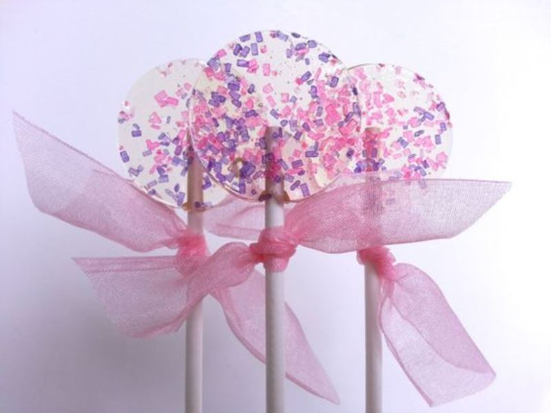 Picture Of creative lollipop favors for your guests  18