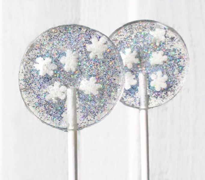 Creative Lollipop Favors For Your Guests