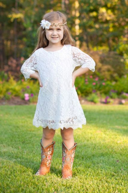 22 flower girl outfits for country weddings weddingomania for Country wedding flower girl dresses