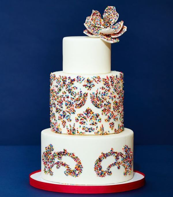 wedding cake with sprinkles 23 and colorful sprinkle wedding cakes weddingomania 26963