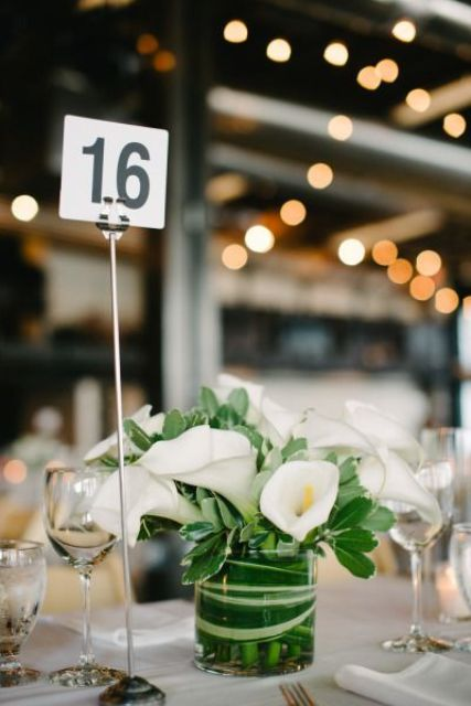 24 Elegant Ideas To Incorporate Calla Lilies Into Your