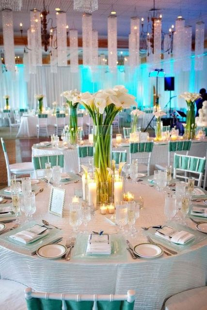 Elegant Ideas To Incorporate Calla Lilies Into Your Spring Wedding