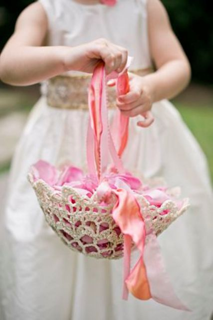 How To Make A Flower Basket For A Flower Girl : Picture of lovely flower girl basket ideas