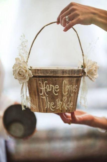 Alternative Flower Girl Basket Ideas : Lovely flower girl basket ideas to try crazyforus