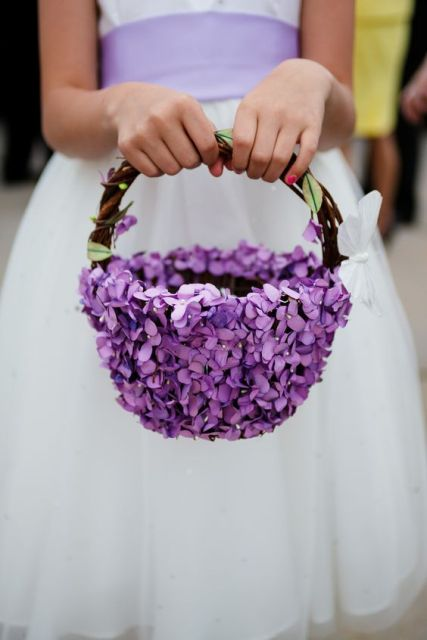 Flower Girl Baskets Diy Pinterest : Lovely flower girl basket ideas to try weddingomania