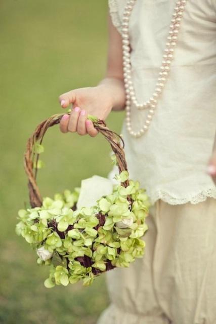Flower Girl Baskets On Pinterest : Lovely flower girl basket ideas to try weddingomania