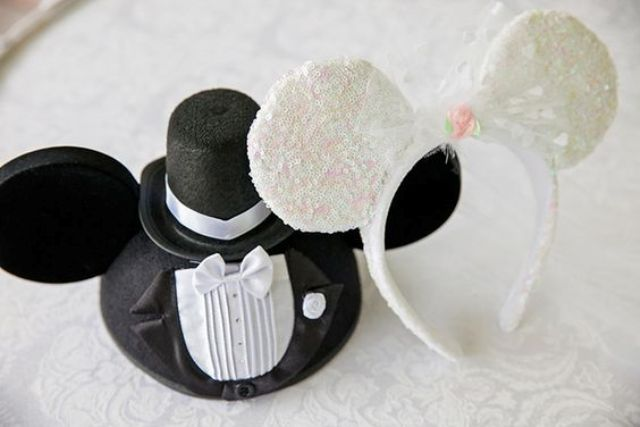 a Mickey Mouse hat and a Minnie Mouse headband in black and white for your photo booth