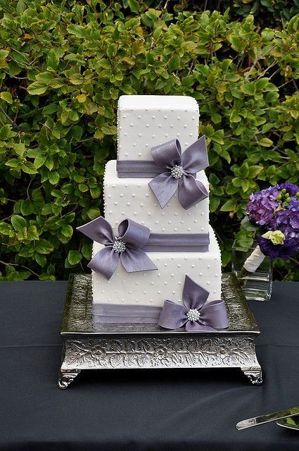 Wedding Cake Images Square : Picture Of Gorgeous Square Wedding Cake Ideas 10