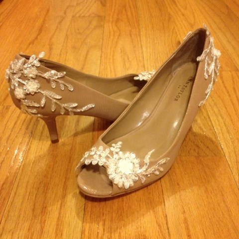Romantic DIY Wedding Shoes With Appliques