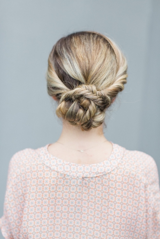 Classic And Elegant DIY Bridal Fishtail Updo To Make