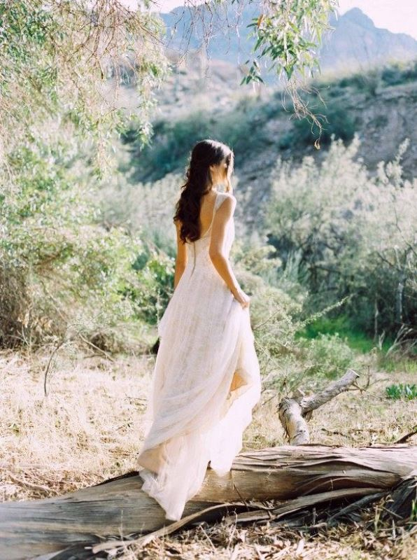 Ethereal and romantic woodland bridal shoot weddingomania for Romantic ethereal wedding dresses