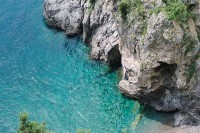 intimate-coastal-engagement-session-in-positano-italy-10